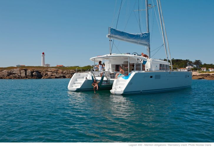 CATAMARAN LAGOON 450 F « Magic & Pasta »