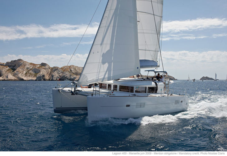 CATAMARAN LAGOON 400 « Catazur »