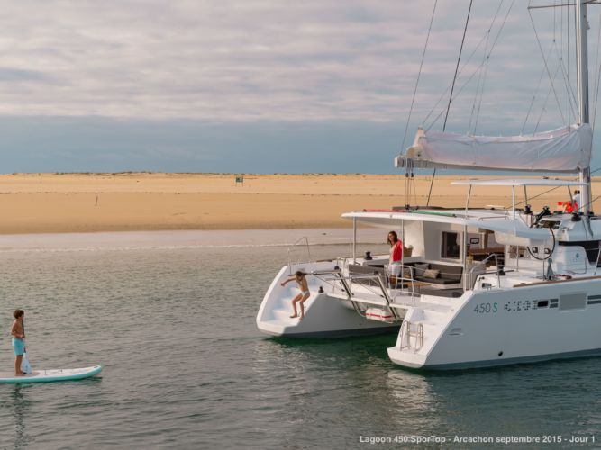 CATAMARAN LAGOON 450 S « Fox One »